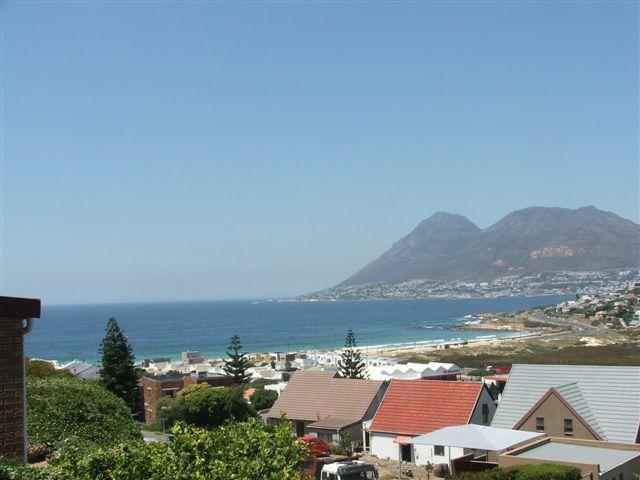 Property For Sale in Glencairn, Cape Town 17