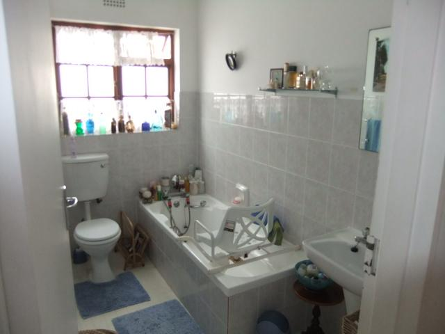 Property For Sale in Fish Hoek, Cape Town 9