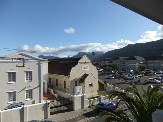Property For Sale in Fish Hoek, Cape Town 19